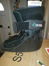 United Ortho Short Air Cam Walker Fracture Boot - Size Large - Black