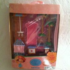 2004 Bandai Strawberry Shortcake Island Suitcase Trunk Playset New Tropical