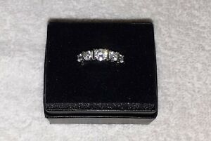 Gorgeous Rhodium over Sterling Silver 5-Stone Bezel Set Round CZ Band Ring Sz 9