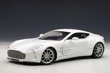 1:18 Autoart Aston Martin one-77 (Morning Frost White) 2009