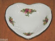 SALE Royal Albert OLD COUNTRY ROSES Heart Shaped Trinket Dish - England