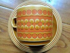 Vintage Hornsea Cerámica 'Saffron' Taza y Platillo 479O