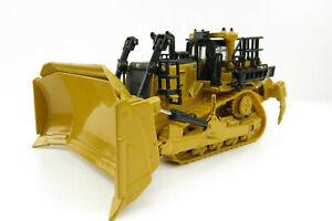 Diecast Masters 85659 - CAT D11 Track-Type Tractor Dozer TKN Design 1:87