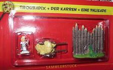 Asterix/Das gallische Dorf/Troubadix + Karren  + Palisade/Hachette/Neu