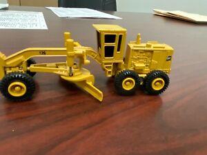 CAT 12G Scraper Grader 1/80th Scale ERTL Toy CATERPILLAR ROAD GRADER 12G Toy
