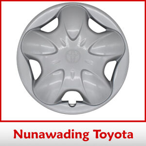 Genuine Toyota Echo Wheel Hub Cap 3/1999 - 12-2002