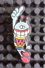 W&lt Vintage Caoutchouc Puk-PUK Lapel Pin Badge Walter Van Beirendonck