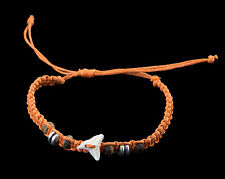 Bracelet bresilien dent de requin veritable et perles bois  fil orange- BB 988