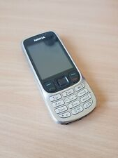 Nokia 6303c RM-443 EE Network Black And Silver Mobile Phone WITH plug