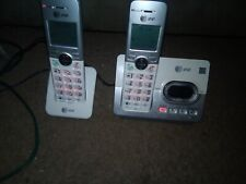 AT&T CORDLESS PHONE 2 PHONES 1 BASE 1 EXPANSION.