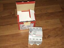 Inter différentiel 25A  300mA type AC  Legrand 08711  087 11 Tetrapolaire 4P