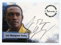 LEE THOMPSON YOUNG AUTO AUTOGRAPH CARD A38 SMALLVILLE SEASON 5
