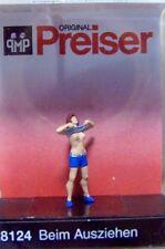 HO Preiser 28124 Woman Undressing: 1/87 scale Individual Figure