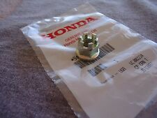 NEW GENUINE OEM HONDA 12MM AXLE NUT CT90 CT110 ST90 (FRONT)  PART90305