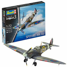 REVELL Spitfire Mk.IIa 1:72 Aircraft Model Kit 03953