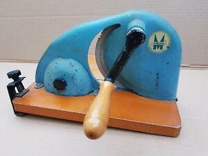 Alte Brotschneidemaschine MEWA Holz Metall Handkurbel Brotschneider
