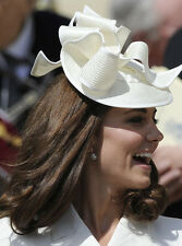 Catherine, Duchess of Cambridge UNSIGNED photo - H5952