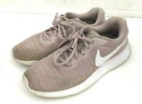 Nike Tanjun 812655-605 Particle Rose Pink Mesh Running Shoes Women's Size 8