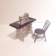 Puppenhaus Miniatur Legierung Naehmaschine Stuhl schwarz S7m1