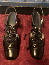 Vintage 1960's Navy Patent Leather Lace Up Heel Shoes Size 7 by Front Row - Nice