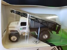 Ertl John Deere Fertilizer Truck Diecast 1:64