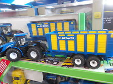 Siku 1947 New Holland T9.560 Tractor And Silage Trailer 1:50 scale (BA)