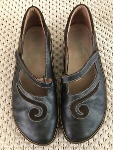 Naot Womens Matai Swirl Mary Janes Grey Leather Brown Suede Adj. Strap US 10 41