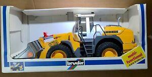 BRUDER LIEBHERR L574 Articulated Front End Wheel Rd Loader 1:16 Toy Germany NIB