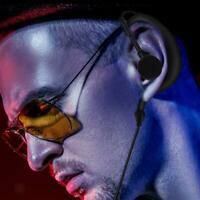 5x G Shape Clip-Ear Headset Earpiece PTT Mic for Motorola MD200TPR MH230R