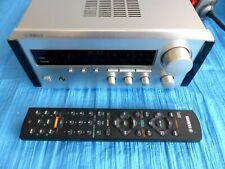 Yamaha Natural Sound Stereo Receiver RX-E100 Silber mit Fernbedienung