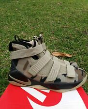 7 Youth Nike Lebron Soldier Xi 11 Camo Big Kids 918369-200 military Sneakers 7Y