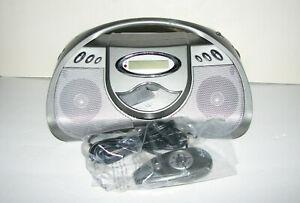 GPX BCD2306DP Boombox Digitak CD Player/FM Stereo Radio, Remote, AC/DC Power.