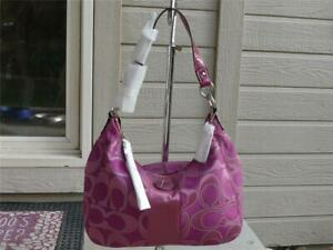 COACH SIGNATURE STRIPE OUTLINE C SATEEN FUCHSIA CONVERITBLE HOBO BAG 19442 NWT