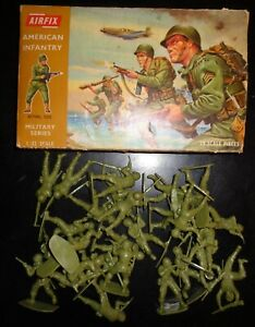 Vintage 1970's? Airfix # 1729 1:32 Scale Figures - WWII American Infantry 28 pcs