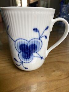 royal Copenhagen Blue Fluted Mug 497