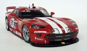 Autoart 1/18 Scale - Dodge Viper GTS R Winner Daytona 2000 #91 Diecast Model Car