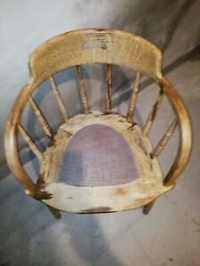 Antiker Captains chair tolle Patina hoch 80 Sitzhöhe 48 breite 56 Tiefe 47 cm