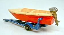 Matchbox RW 48B Sports Boat rot & creme d'blauer Trailer