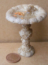 1:12 Scale Large Bird Bath With Water & Frog Tumdee Dolls House Garden Accessory