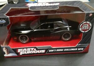 JADA TOYS.. DOM'S DODGE CHALLENGER SRT8.. 1:32 SCALE.. FAST AND FURIOUS