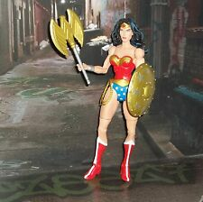 DC DIRECT UNIVERSE CLASSICS WAVE 4 WONDER WOMAN W AXE AND SHIELD FIGURE