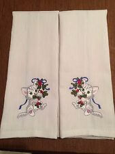 2 EMBROIDERED WHITE W/ BLUE STRIPE FLOUR SACK DISH TOWELS WITH KITTEN
