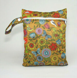 Small Wet Bag for Nappies, Breast Pads, Wipes, Cloth Pads - Vintage Flowers *UK*