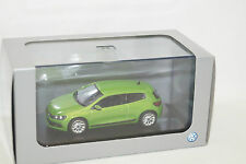 SCIROCCO VERDE GREEN 1:43 Norev VW BOX