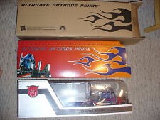 SDCC 2011 Exclusive Transformers Dark of the Moon Ultimate Optimus  - 2011