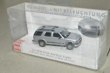 HO scale Busch LIGHTED Chevy Blazer SUV