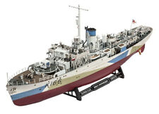 Revell HMCS Snowberry 1 144 05132