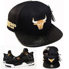 Pro Standard Chicago Bulls or Métallique Badge Sangle à L'Arrière Chapeau