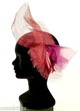 Petit chapeau de cérémonie femme pince RUE du BAG France bordeaux rouge mariage