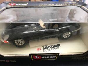 Jaguar E Coupé 1961 burago, échelle 1/18, cod. 3018, dans sa boîte d'origine